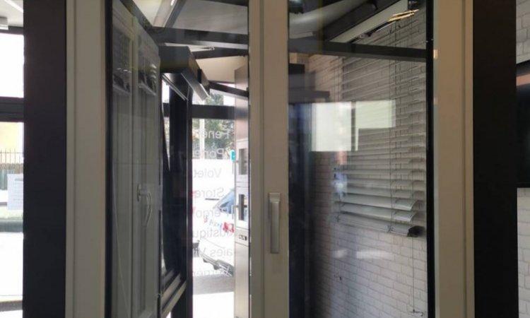Pose de fenêtre PVC KF520 à Saint-Symphorien-d'Ozon et sa région.