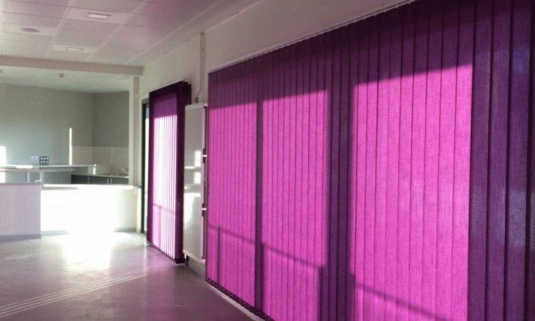 Pose de stores intérieur californien à Saint-Symphorien-d'Ozon et sa région